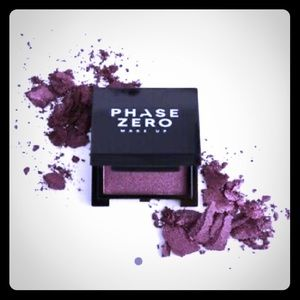 NWT Phase Zero Makeup Pressed Eyeshadow In VELVET!
